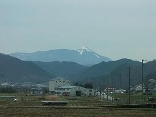 004 17.04.20 信州日帰り旅 017 気になった山.jpg
