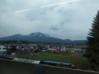 029 17.04.20 信州日帰り旅 094 帰りの新幹線の車窓から.jpg