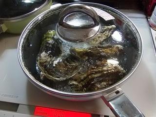 PC160006 牡蠣の酒蒸し.jpg