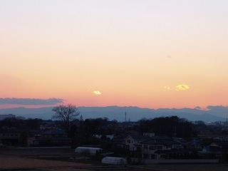 14.01.01 041 初日の入.jpg