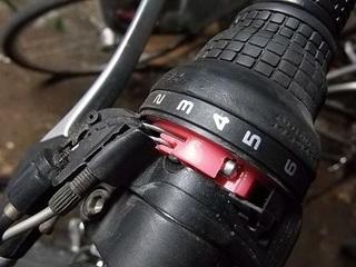 PB050149 シフトワイヤー修理.jpg